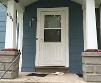 1001 N Birney St, Robin Glen-Indiantown, MI