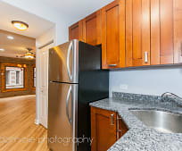 1652 W Farwell Ave, Rogers Park, Chicago, IL