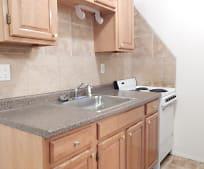 Kitchen, 80 Gardiners Ave