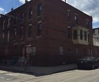 Building, 838 N Woodstock St