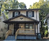 242 E Maplewood Ave, Fort McKinley, OH
