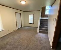 836 Homewood Ave SE, Warren, OH