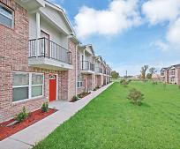 2719 Arlington Ct, Cloverleaf, TX