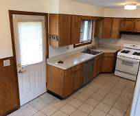 Kitchen, 95 Beech Ave