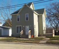 Building, 611 S Blackhawk Ave