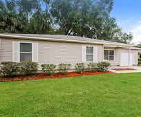 1227 E Hazzard Ave, Eustis, FL