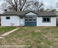 209 Trout Ave, Haysville, KS