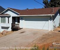 10014 Fairway Dr, Lakeport, CA