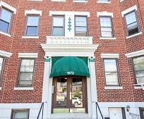 Building, 1572 Commonwealth Avenue