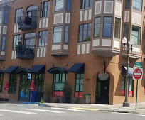 Building, 1101 McKenzie Ave