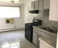 Kitchen, 14446 Torrence Ave