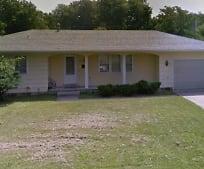 724 Pool St, Centralia, MO