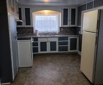 5680 Riverside Rd, 49038, MI