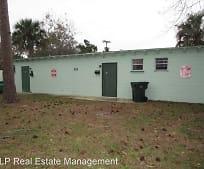 303 Country Club Oval, Neighborhood F, Daytona Beach, FL