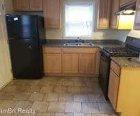 Kitchen, 8741 S Francisco Ave