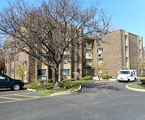 5118 Fairview Ave, Downers Grove, IL