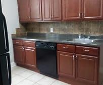 Kitchen, 118 71st St