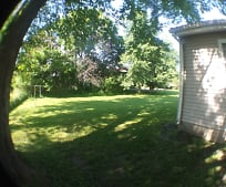 912 3rd St SW, Independence, IA