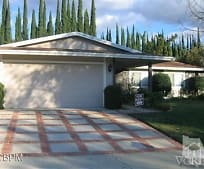 28 Birchwood Ave, Oak Park, CA