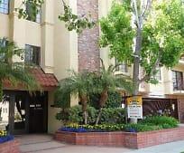 245 W Tujunga Ave, Walt Disney Elementary School, Burbank, CA