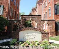 2304 N Greenbrier Ct, Williamsburg Middle School, Arlington, VA