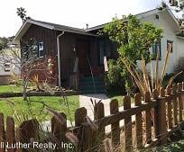 2136 Catalina Blvd, Silver Gate Elementary School, San Diego, CA