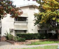 Building, 409 W Walnut St