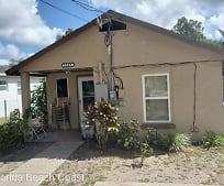1209 S Delaware Ave, Deland, FL