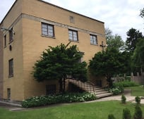 Building, 3545 S Hermitage Ave