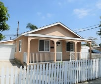 302 N Pasadena Ave, Citrus, CA