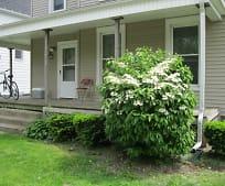 607 W White St, Champaign, IL