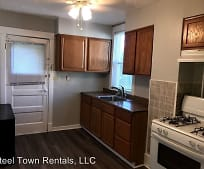 Kitchen, 7903 Lloyd Ave