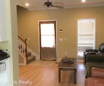 Living Room, 101 Greystone Blvd