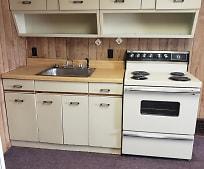 Kitchen, 302 W State St