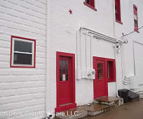 220 N Main St, Winchester, IN