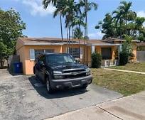 815 NE Miami Gardens Dr, North Miami Beach, FL