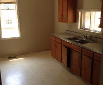 Kitchen, 505 W 5th St
