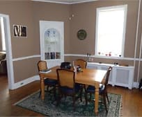 Dining Room, 123 Manor Ave