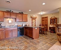 Kitchen, 1284 Parkland Dr