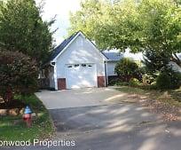 21 Village Pkwy, Black Mountain, NC