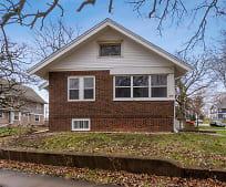 2601 1st Ave SE, Cedar Rapids, IA