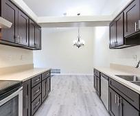 Kitchen, 8284 Swanston Ln