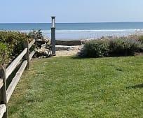 110 Old Beach Rd, Rye, NH