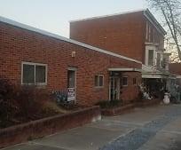 1321 W Poplar St, Shiloh, PA