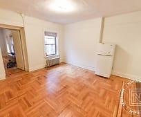 Living Room, 38 Market St