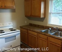 733 Maple St, Connersville, IN