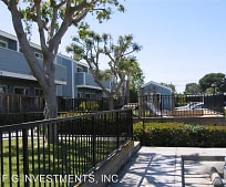 304 S Newhope St, Riverview West, Santa Ana, CA