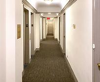 320 E 42nd St, New York, NY