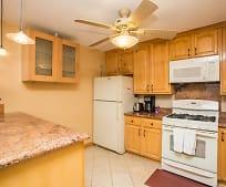 Kitchen, 720 Delano Ave