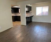 Kitchen, 103 W Sonora Ave